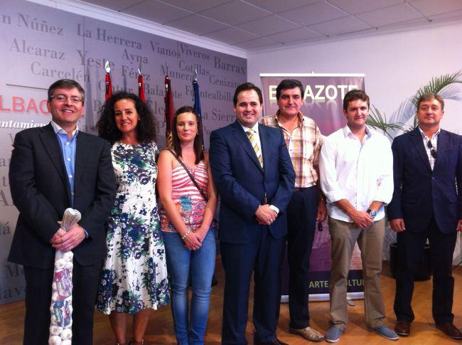 Concejales Populares de Balazote junto al presidente de la Diputación, Paco Núñez, y los Diputados Provinciales Carlota Romero, Abelardo Gálvez y Pablo Escobar