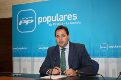 Paco Núñez rueda prensa en las Cortes